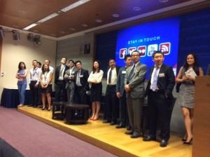 Alumni in Hong Kong speaking to prospective students