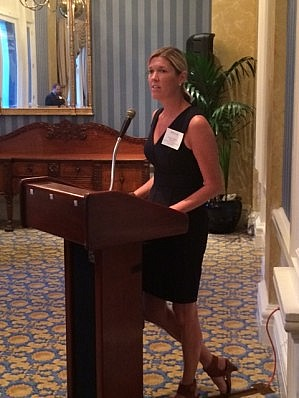 Speaking to a group of JD/MBA alumni at the Penn Club earlier this month.